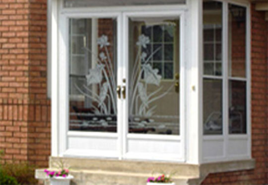 Products vitrerie lachine for Storm door manufacturers